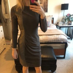 Vince camuto size 2 long sleeve dress